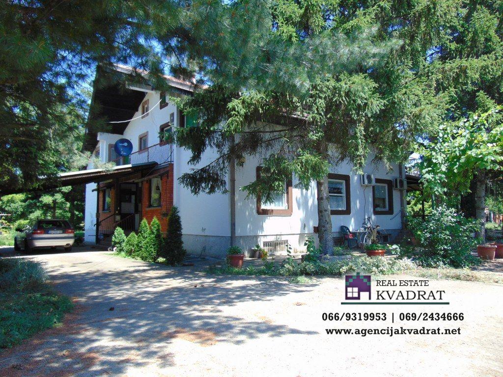 Kuća 250 m² 37 62 ara Obrenovac Ratari 200 000